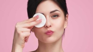 eliminar maquillaje aceite coco
