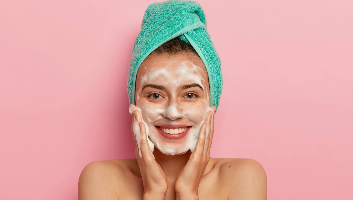 Cómo lavarse la cara