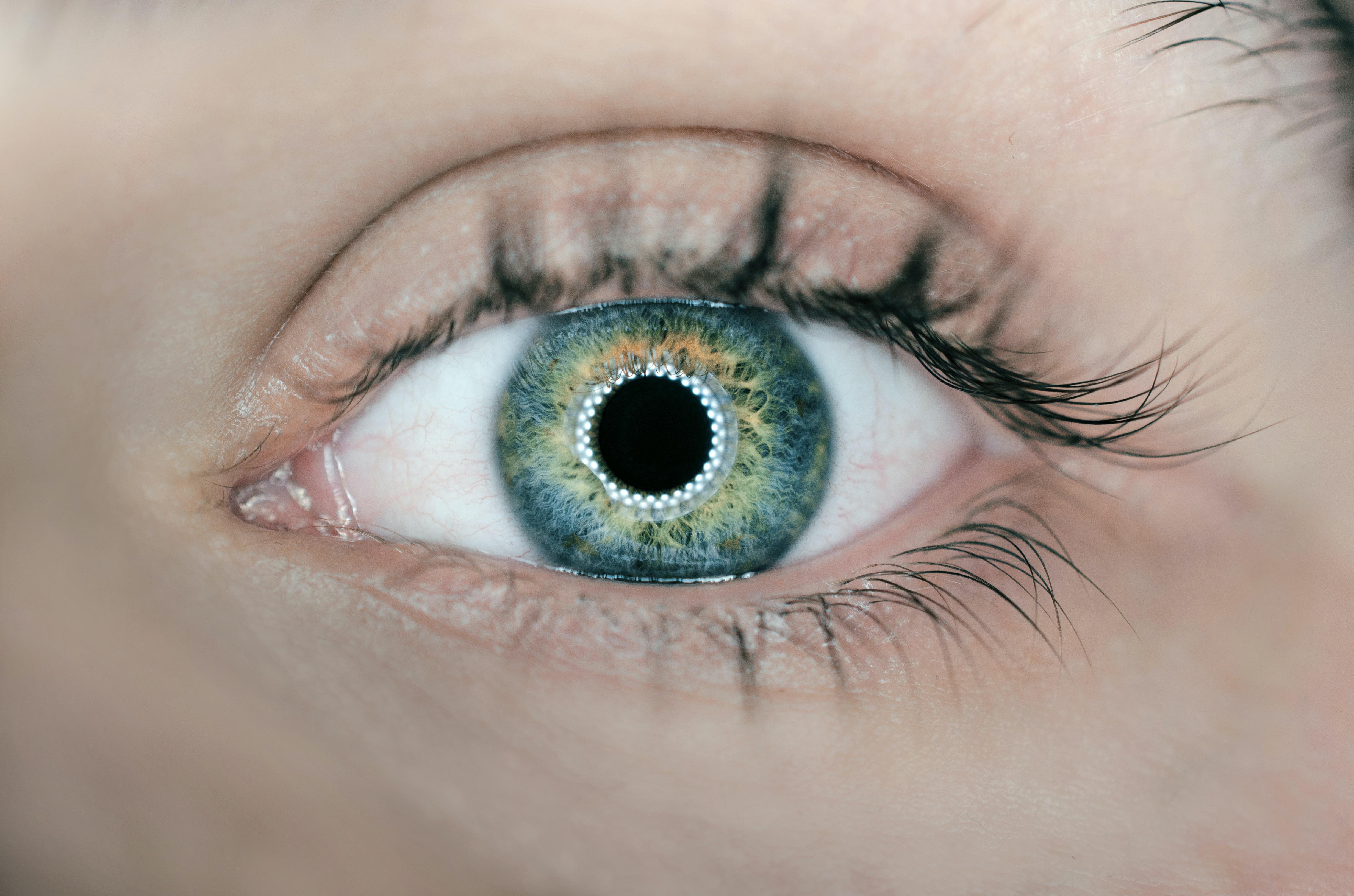 Aprende a hacer un contorno de ojos casero